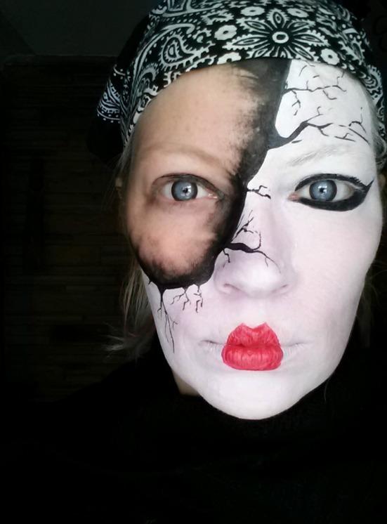 17 faceless