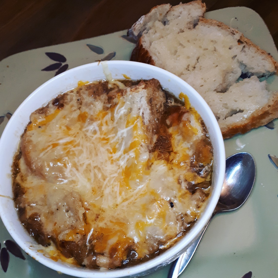 321 french onion and fresh bread.jpg